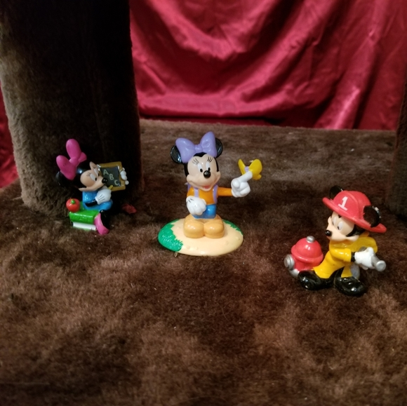 Mickey mouse unlimited edition collection.